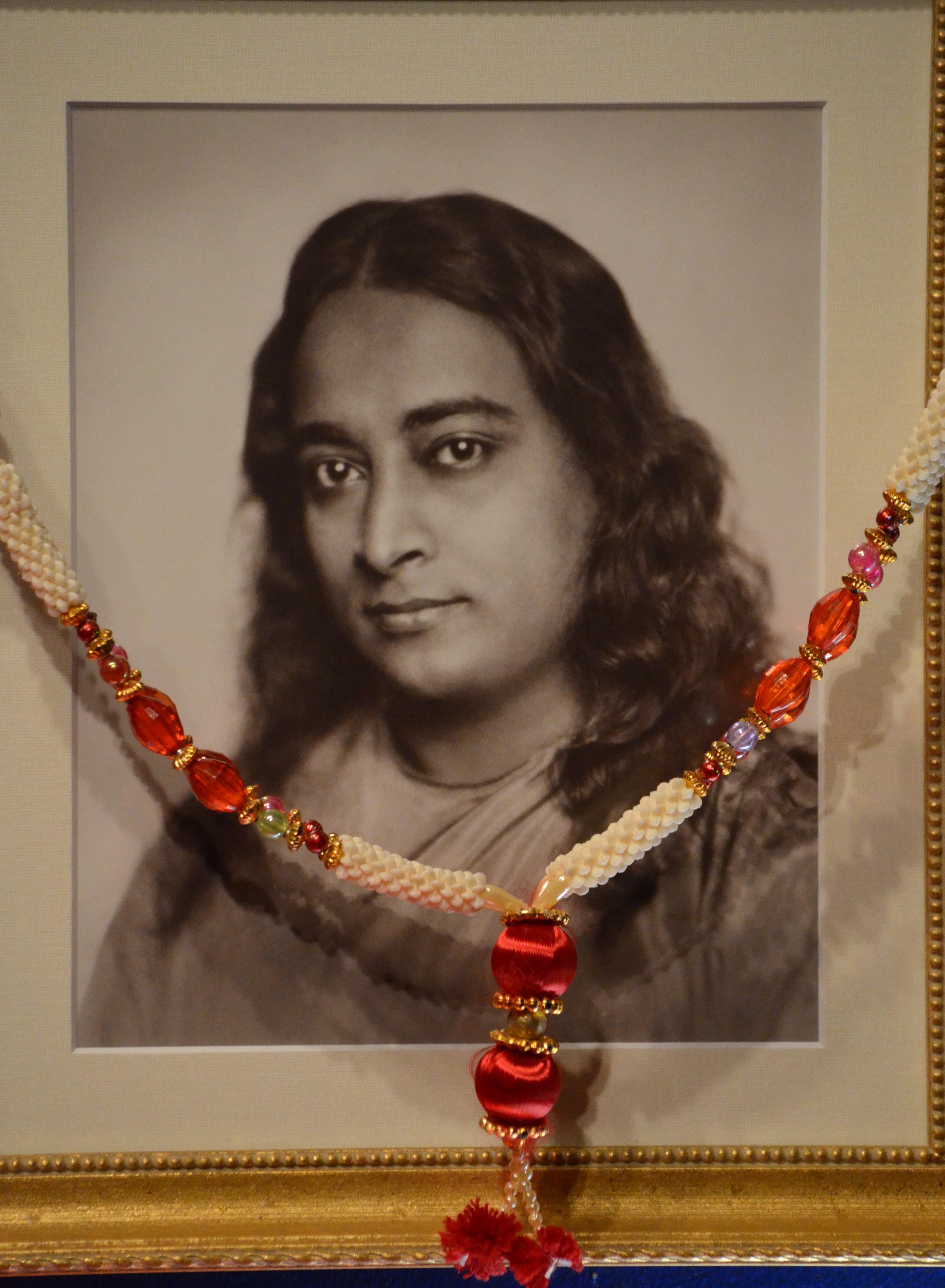 Paramahansa yogananda autobiography of a yogi paramhansa yogananda